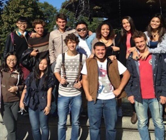 Andrés, Programa en Colegio Residencial, California